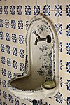 oud groevenbeek-0017 - landhuis manor - original sink in toilet (detail)