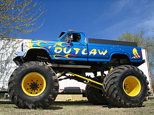 English: Outlaw Monster Truck. This is a pictu...