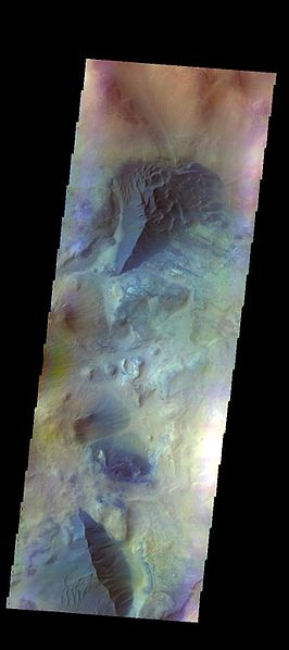 File:PIA21306 - Dunes near Argyre - False Color.jpg