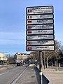Panneau des jumelages (avenue Gambetta) à Valence.jpg