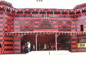 Parque de Bombas - Front view of the firehouse