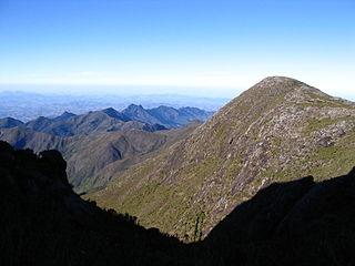 Mountain range between the Brazilian states of Espírito Santo and Minas Gerais