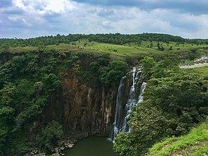 Patalpani waterfall - Image: Patalpani Waterfalls