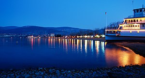 Penticton - Penticton waterfront and the ''SS Sicamous'' at night