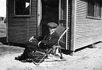Photograph of William Besser taken in Arizona in 1913.jpg