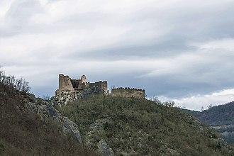 Pietrapelosa - Ruins of Pietrapelosa Castle in 2014