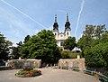 Poestlingberg Aussichtsplattform und Wallfahrtskirche 2005-06-28.jpg
