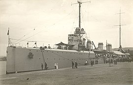 Port Varna - Italian cruiser Quarto.jpeg