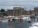 Port de Brest pendant le festival Brest 2008 02.jpg