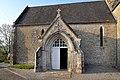 Portail sud de l'église Saint-Vincent de Beuzeville-la-Bastille.jpg