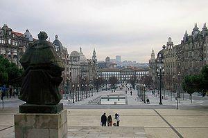 Metropolitan Area of Porto - The headquarters of the metropolitan area are located in Avenida dos Aliados.