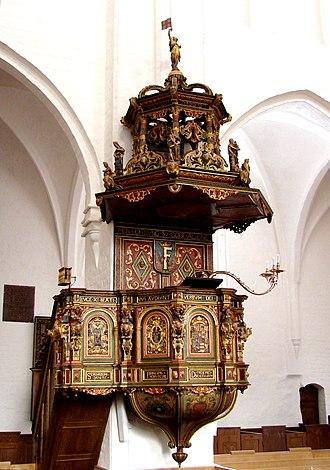 Saint Olaf's Church, Helsingør - Image: Prædikestol (Olai Kirke)