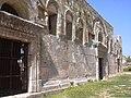 Qalb Lozeh, Reste einer dreischiffigen Basilika aus dem 5. Jh. n.Chr. im heute drusischem Ort (38650938846).jpg