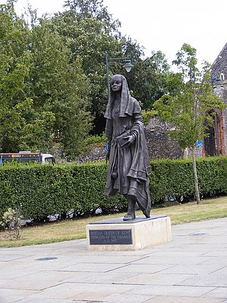 Bertha of Kent - A statue of Queen Bertha in Lady Wootton's Green, Kent.