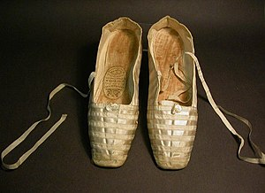 Wedding dress of Queen Victoria - Pair of white satin shoes worn by Queen Victoria on her wedding day