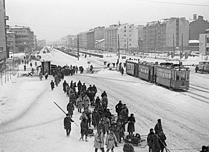 RIAN archive 178610 Moscow Avenue in Leningrad led to the front during the 1941-1945 Great Patriotic War.jpg