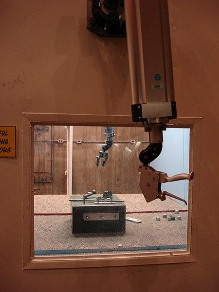 File:Radioactive handling - Manipulator arm - EBR-1.jpg
