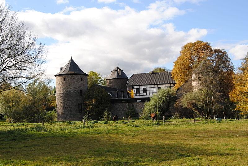 File Ratingen Burg Haus zum Haus 2011 10 CN 06 JPG