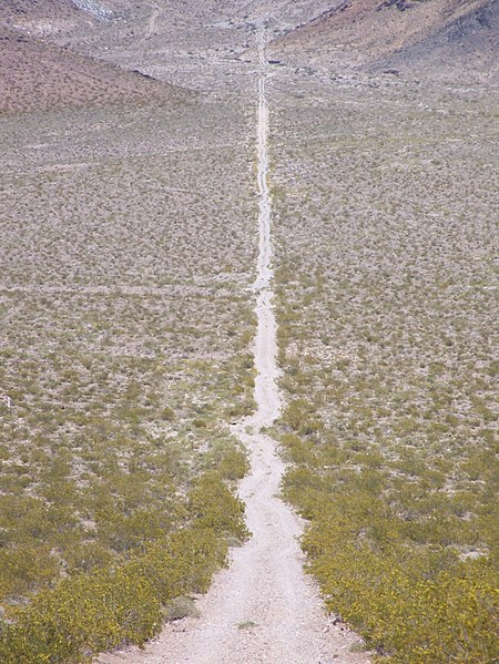 File:Road to Carrara, Nevada.jpg