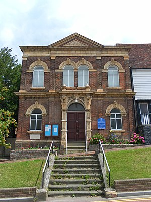 Robertsbridge United Reformed Church - Image: Robertsbridge United Reformed Church, Robertsbridge (NHLE Code 1221451)