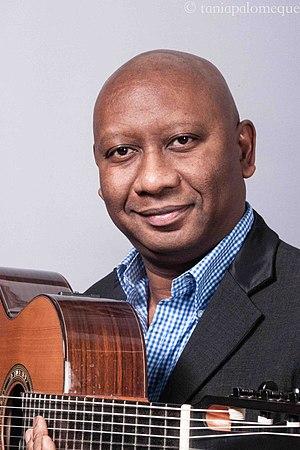 Ron Jackson (jazz musician) - Image: Ron Jackson headshot with guitar