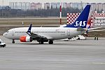 SAS, SE-RJR, Boeing 737-76N (34195225810).jpg