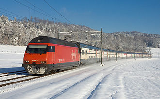 SBB-CFF-FFS Re 460 - Re 460 with IC 2000 double decker trainset, between Elgg and Schottikon
