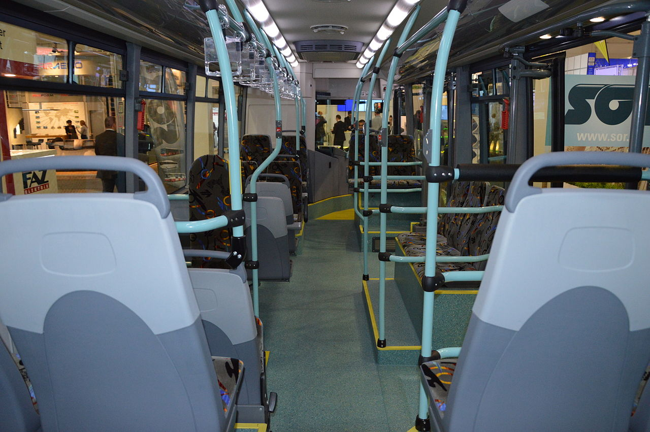 File:SOR EBN 11 bus interior. Spielvogel 3.JPG - Wikimedia Commons