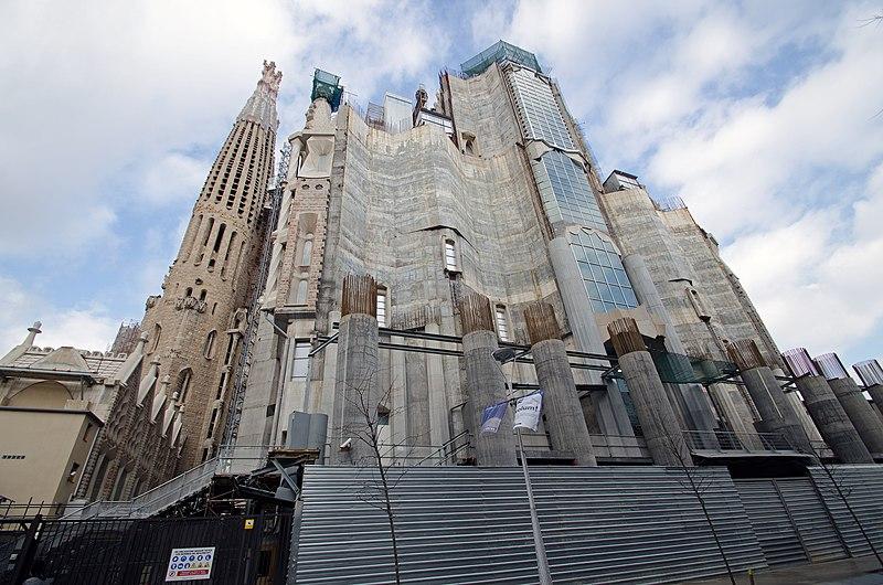 File:Sagrada Família - panoramio (6).jpg