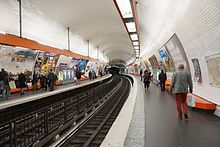 Saint-Michel metro station, Paris 8 April 2014 001.jpg