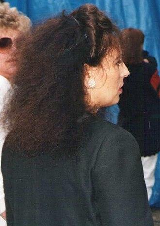 Sandra Lee-Vercoe - Lee in the 1990s