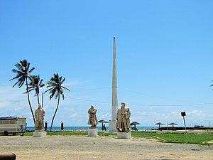 São Sebastião Museum - Three of the explorer's statues inside the museum