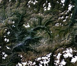 Satellite image of Andorra on Landsat7.jpg