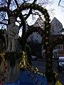 Scheer - Kondebrunnen mit Schloss Scheer17356.jpg