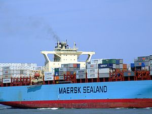 Sealand New York p10 approaching Port of Rotterdam, Holland 08-Jul-2007.jpg