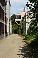 Seattle - Lake Union Cafe cantilevered out across the alley 01.jpg