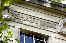 Lemuel Shattuck's name as it appears on the Frieze of the London School of Hygiene & Tropical Medicine.