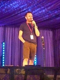 Shaun Keaveny British broadcaster (born 1972)