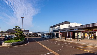 Shibata Station (Niigata) Railway station in Shibata, Niigata Prefecture, Japan