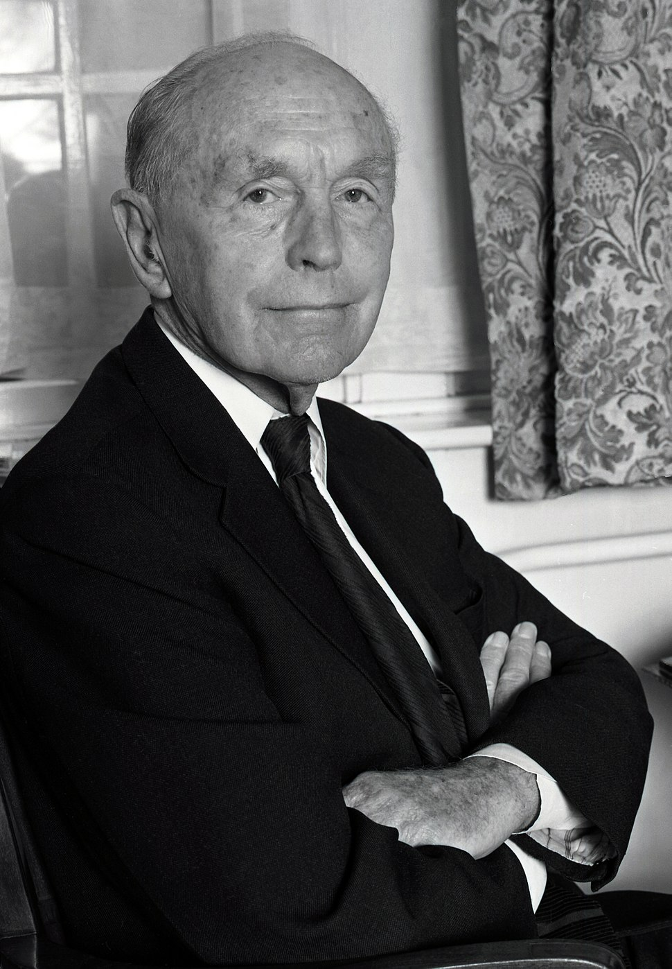 Sir Alec Douglas Home 4 Allan Warren