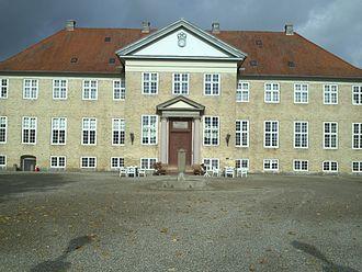 Festen - Skjoldenæsholm Castle was the filming location of Festen.