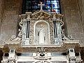 Soissons (02), cathédrale, collatéral nord du chœur, 1ère chapelle, autel et retable des saints Crépin et Crépinien 4.jpg