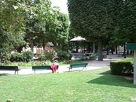 Square necker wikip dia for Le jardin 75015