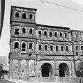 Stadskant van de Porta Nigra, Bestanddeelnr 254-4483.jpg