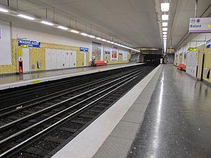 Maisons-Alfort – Stade (Paris Métro) - Image: Station métro Maisons Alfort Stade IMG 3667