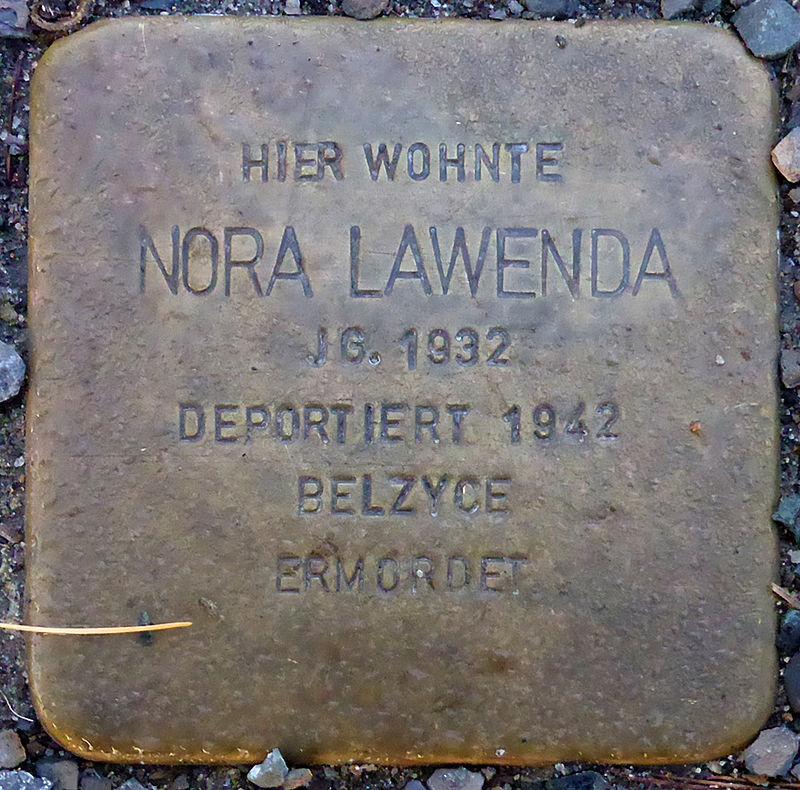 Stolperstein für Nora Lawenda (Blumenauer Str. 5)