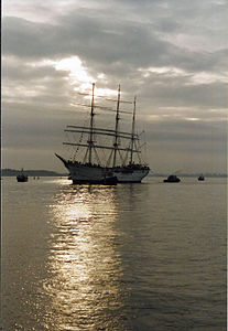 Stralsund, GORCH FOCK (2003-11-29) 2, by Klugschnacker in Wikipedia.jpg