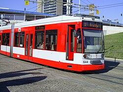 Strassenbahn Halle Tw 644.JPG