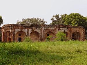 Sunder Nursery - Image: Sunderwalla Mahal under restoration in the Sunder Garden Lawns