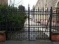 Synagogue, garden gate, 2019 Újpest.jpg